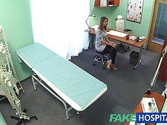 Fakehospital секси домакиня мами на съпругче с Нейният лекар