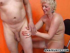 Любителски мама домашно действие със съпруга си