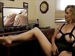 Възрастни гледам стар усилвател; млади лесбийки видео